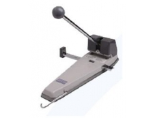 Ito 2 Hole Puncher (Japan) 9500G